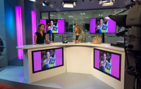 CARME CHAPARRO  en Facebook Live «YO DONA»